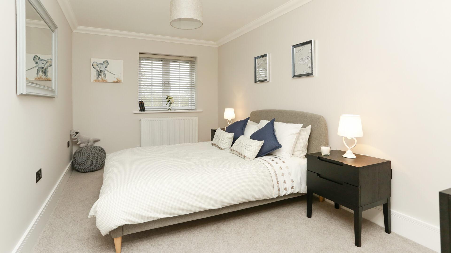 Bedroom at Weavers Park