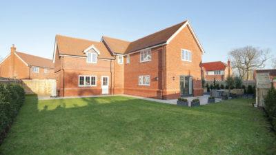 A beautiful Clarendon Homes new build property at Weavers Park, Kent.